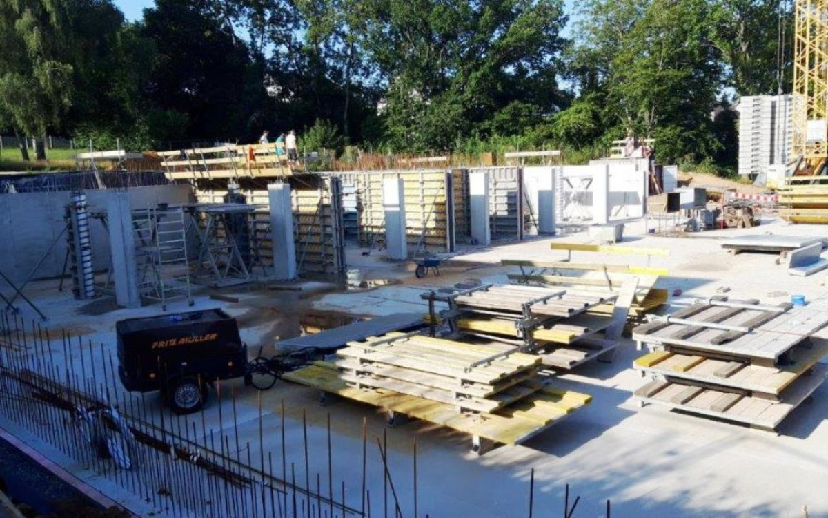 01-08-2019 Stand Baustelle