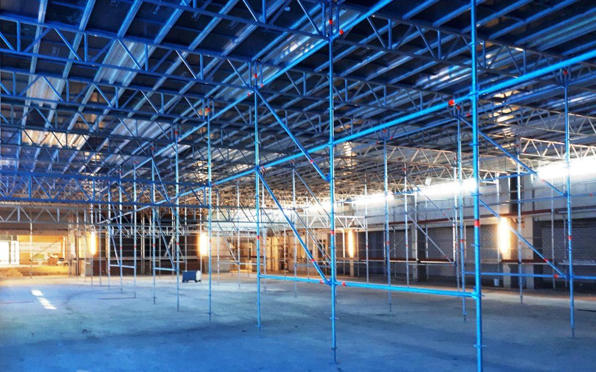 11-11-2019 Flächengerüst für die Hallendecke