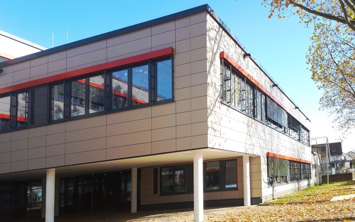 13-11-2019_Pausenhof Süd-Westansicht