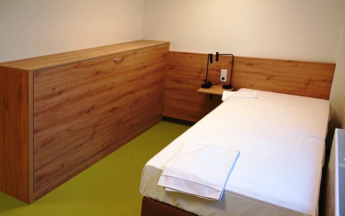 07-02-2020 Zimmer mit Klappbett