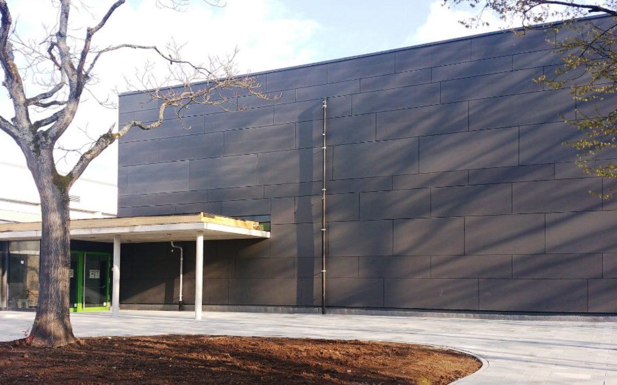 2021-04-13 Eingangsfassade