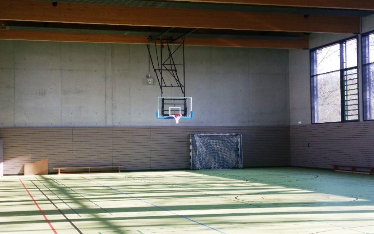 2021-04-13 Sporthalle Innenansicht