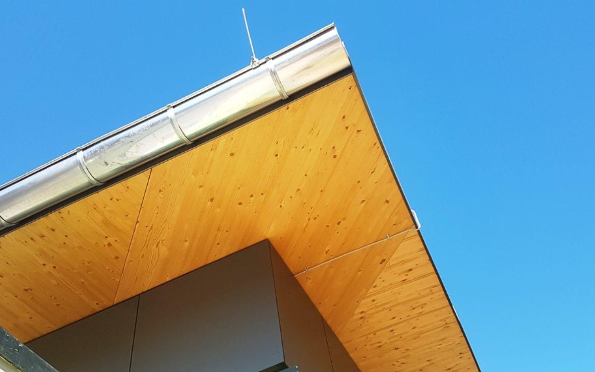 2021-04-28 Detail Dachanschluss