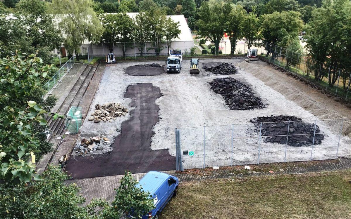 2021-04-29 Sanierung Kleinspielfeld