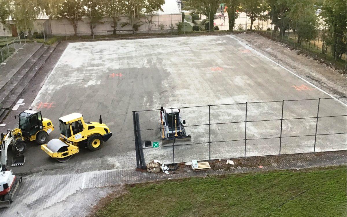 2021-04-29 Sanierung Kleinspielfeld Herstellen des Untergrundes