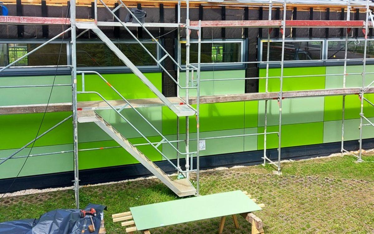 2021-05-19 Montage Fassadenplatten